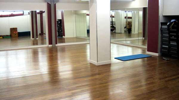 salle de sport cadet paris 9 les cercles de la forme. Black Bedroom Furniture Sets. Home Design Ideas