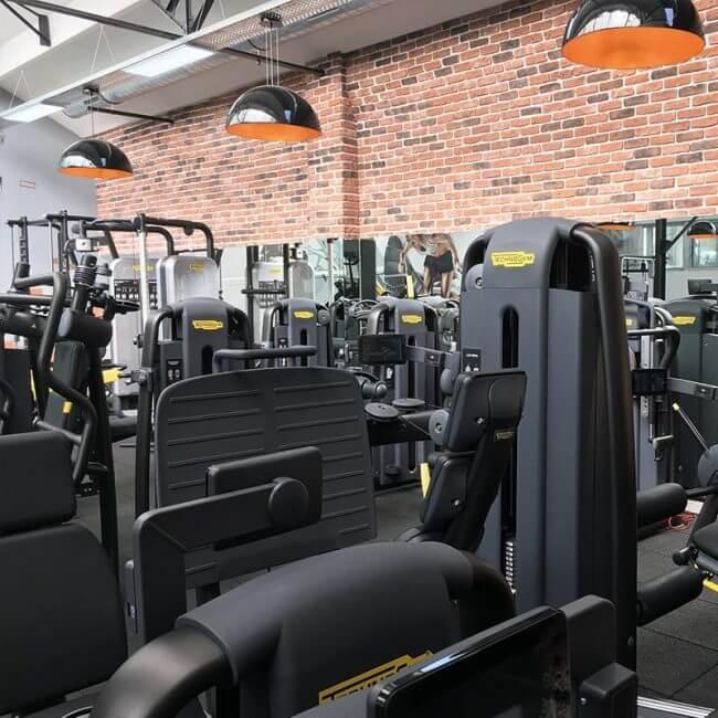 salle de sport tolbiac paris 13 les cercles de la forme. Black Bedroom Furniture Sets. Home Design Ideas